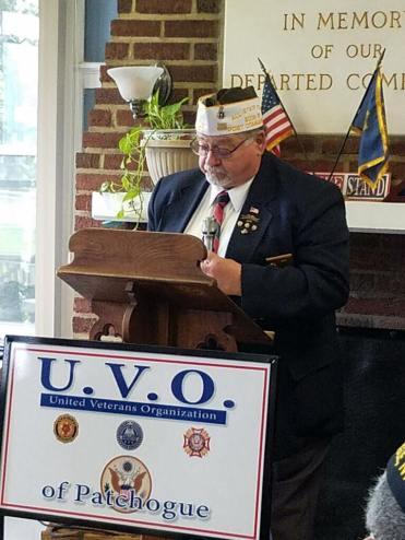 Commander Barrett at Memorial Day Ceremony