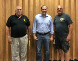 Rep. Zeldin Hosts Mobile Office Hours in Mastic 2